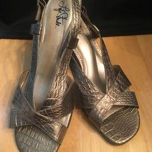 "Life stride sz 11  pewter sandal strap 2"" heels"